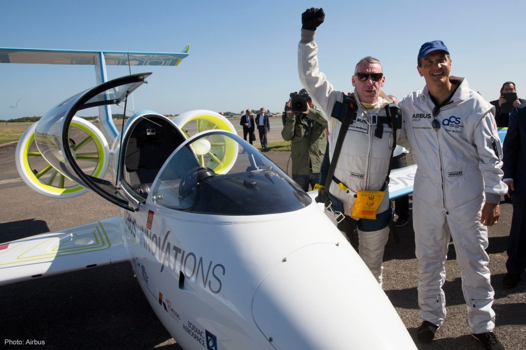 Voltaero team Jean Botti and Didier Esteyne posing with the Airbus E-FAN