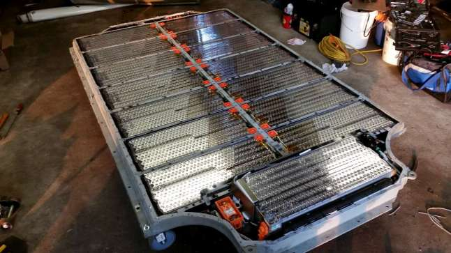 Tesla P90D Battery