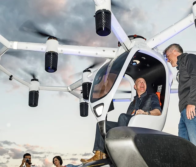 Amazon's Jeff Bezos sitting onboard Lift's Hexa prototype. (Source: Lift Aircraft)