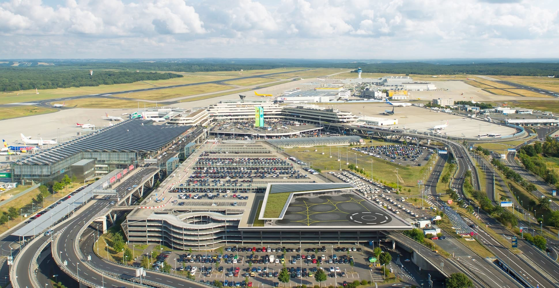 Rendering of a possible vertiport at Cologne Bonn Airport (Copyright: CGN/Lilium)